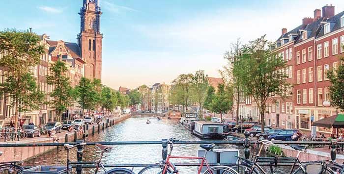 فریت بار به هلند